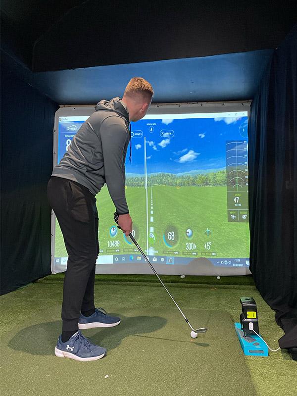 golf simulator 2